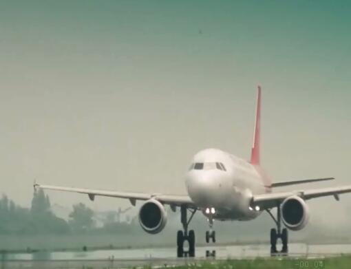 飞机起飞实拍片段