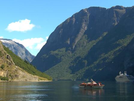 美丽的山水景色实拍片段