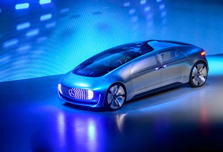 奔馳 F015 概念版自動駕駛豪華轎車
