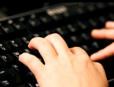 键盘打字实拍片段