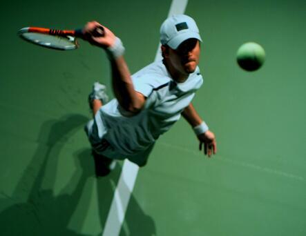 打网球的人实拍片段